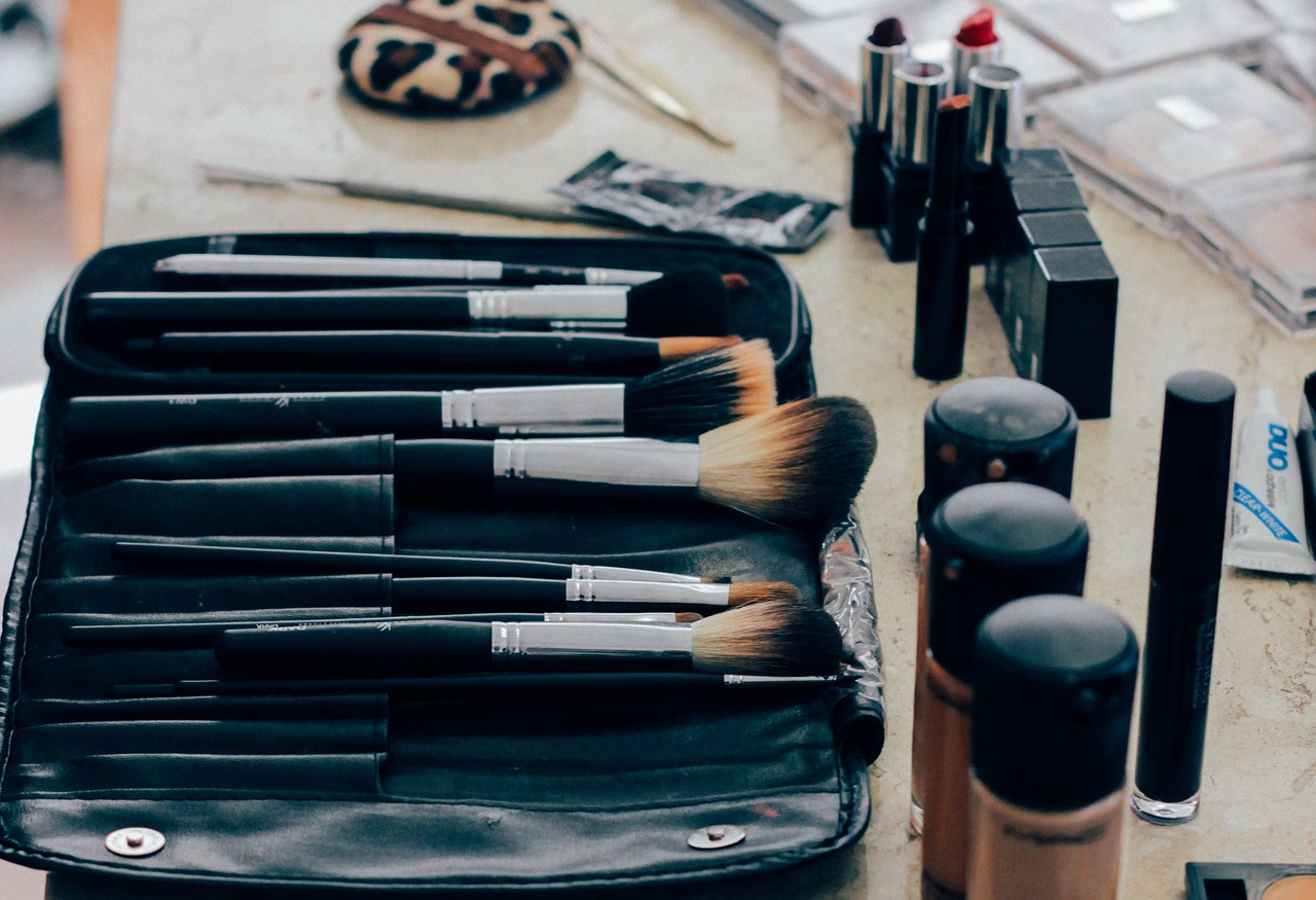 Le maquillage imperméable est-il mauvais pour votre peau ?